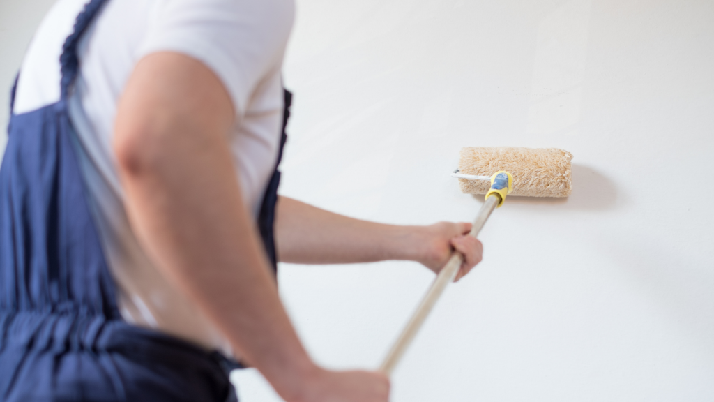 איך לצבוע קיר המדריך המלא